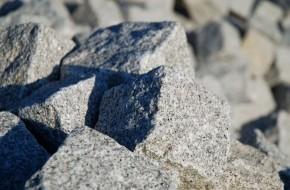 tesani_cepani_lomljeni_granit
