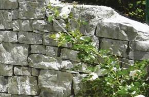 Lomljeni kamen (cinklop)